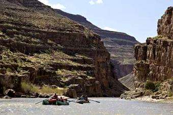 Am. Whitewater: Utah proposing to eliminate throw bag for throwable PFD rule for rafters