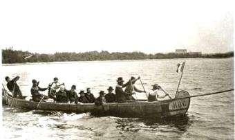 Paddle Making: Voyageur Paddling Stroke