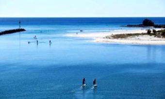 SUP Connect: Paddle Boarding, Australia