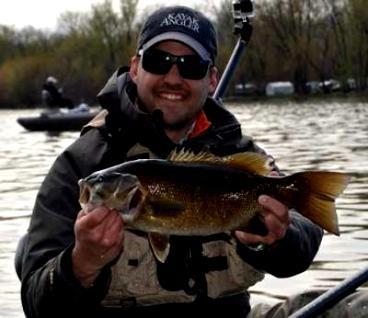 Kayak Angler Magazine: Smallie Love