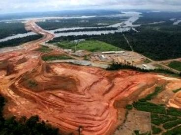 International Rivers: Dirty Business Unraveling Corruption in Brazil'S Dam Industry
