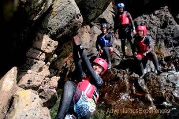 Adventurous Experiences: Sandstone - Coasteering