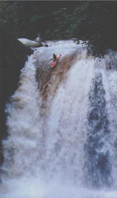 Oriente Tena Area Chico Hollin Falls