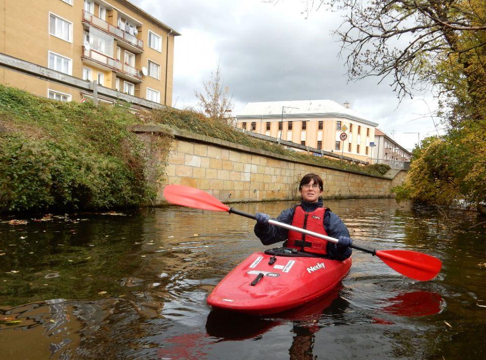 Nymburk city, medieval fortifications. River guide (czech language): http://www.horydoly.cz/vodaci/propluli-jsme-velke-valy-v-nymburku.html