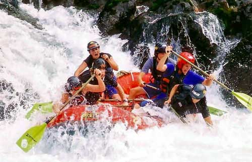 Nikki Kelly - rafting