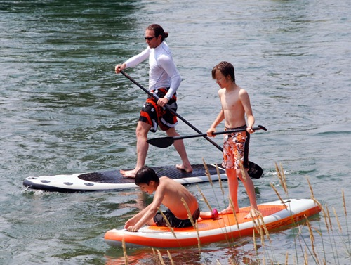 airboard-sup-travel-family-fun
