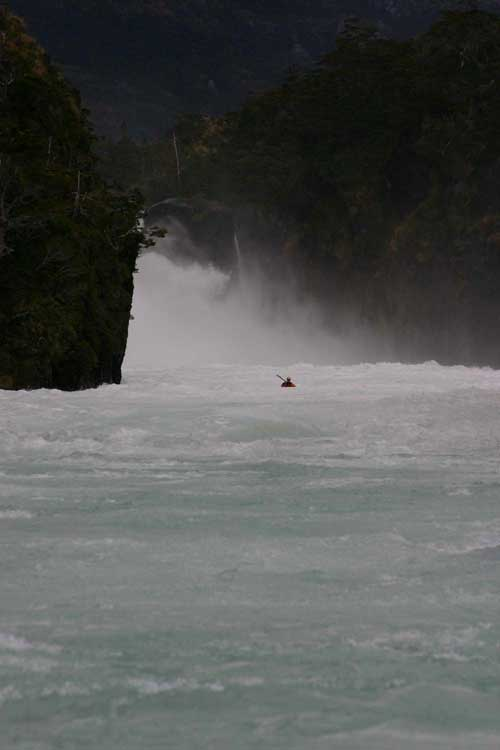 chile rivers - alex nicks in the gorge