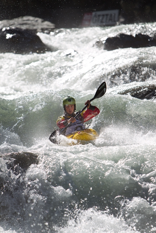 Sam Sutton wins his third adidas Sickline Extreme Kayak World Championship title - _jklatt-sickline12-1738-1349626662