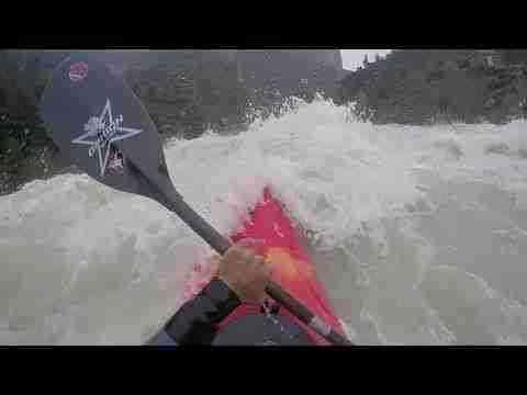 Kayak en el rio Gallego 250m3
